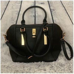 Handbags - Oversized Black Travel Handbag
